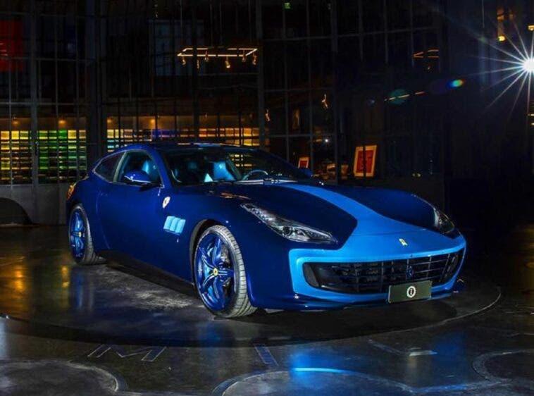 Ferrari GTC4Lusso Azzurra