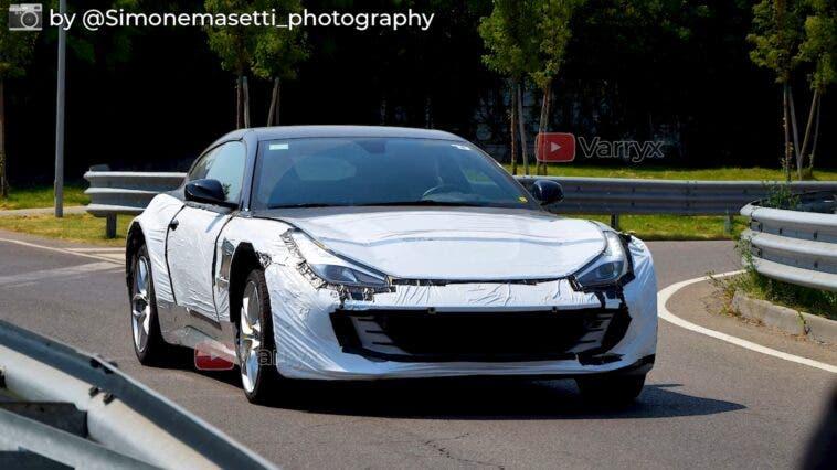 Ferrari Purosangue prototipo corpo GTC4Lusso