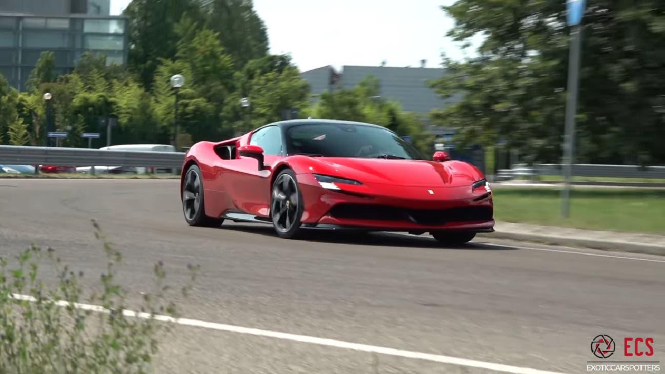 Ferrari SF90 Stradale Maranello