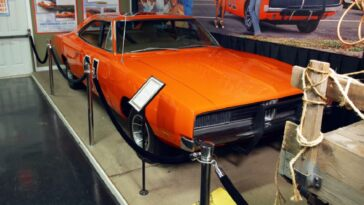 Generale Lee Dodge Charger Volo Auto Museum