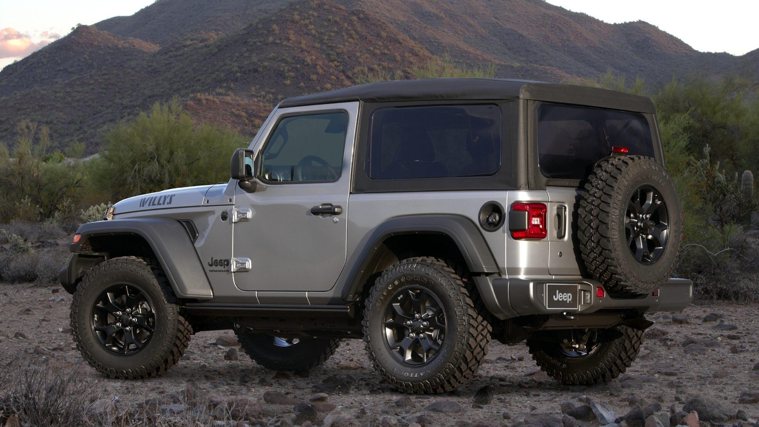 Jeep Wrangler Willys 2021