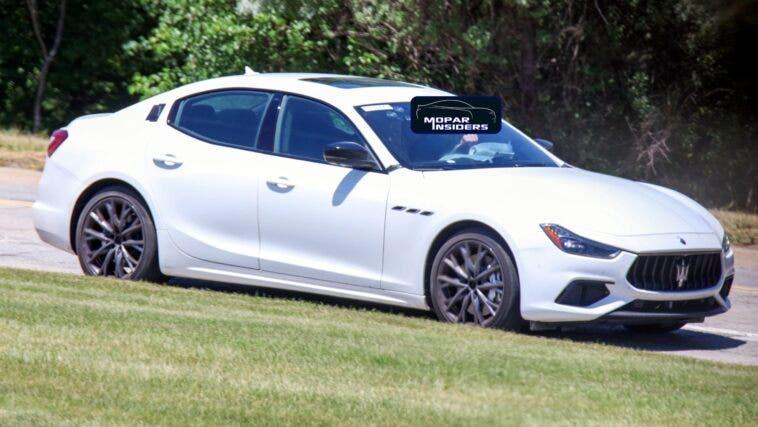 Maserati Ghibli Hybrid foto spia