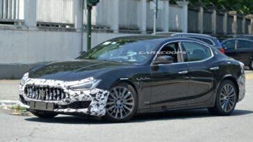 Maserati Ghibli nuovo restyling foto spia