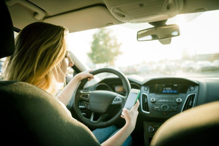 auto smartphone omicidio stradale