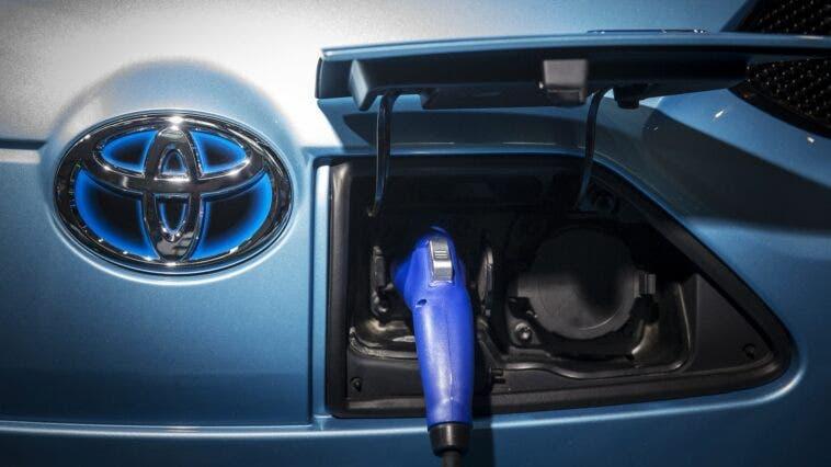 Toyota Batterie Stato Solido
