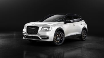 Chrysler 300 SUV render