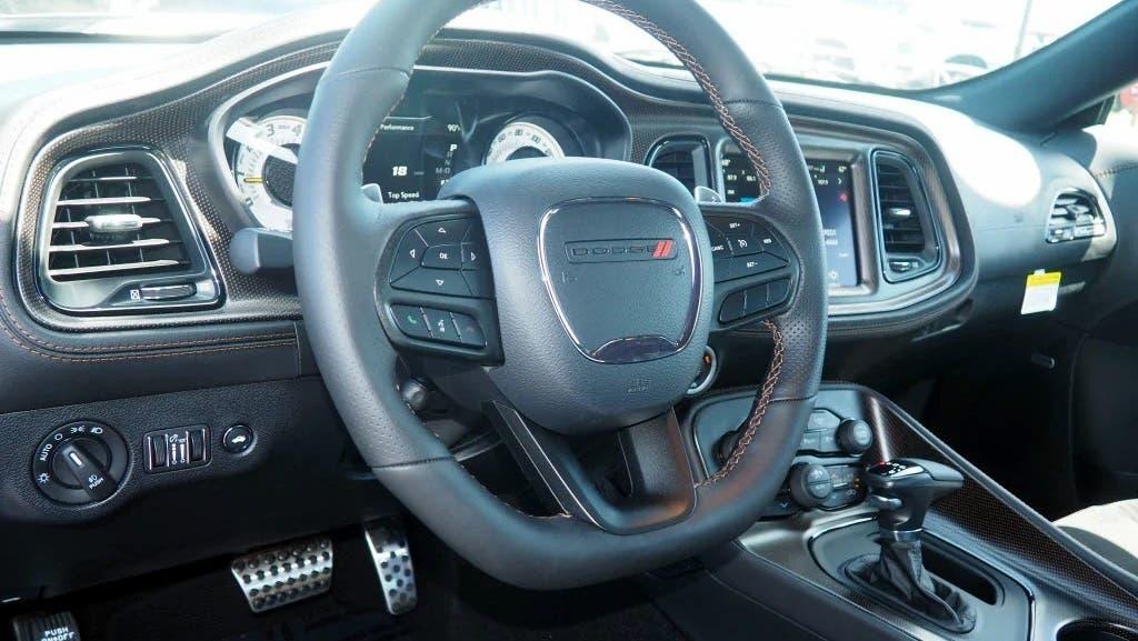 Dodge Challenger 50th Anniversary Commemorative Edition concessionarie