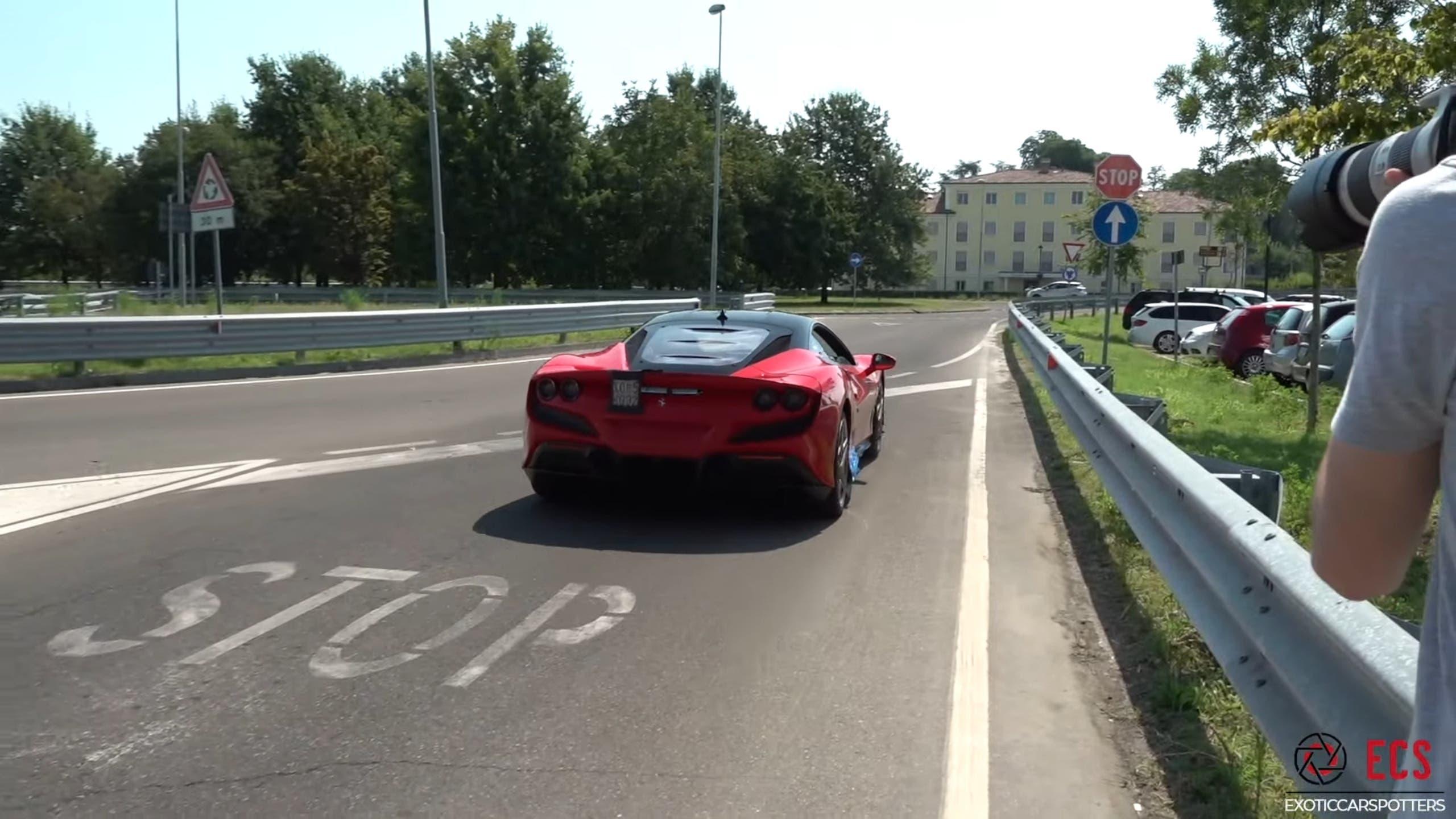 Ferrari F8 Tributo video Maranello