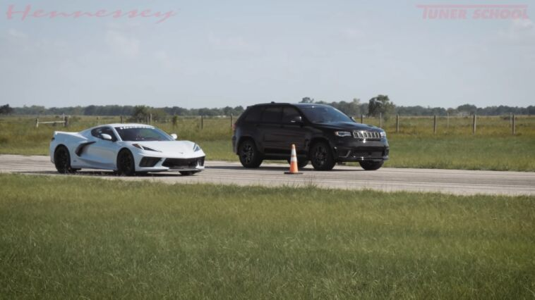 Jeep Grand Cherokee Trackhawk vs Corvette C8 drag race