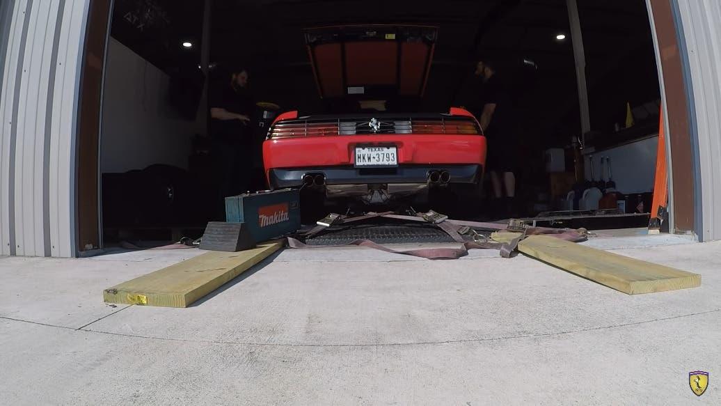 Ferrari 348 test banco di prova