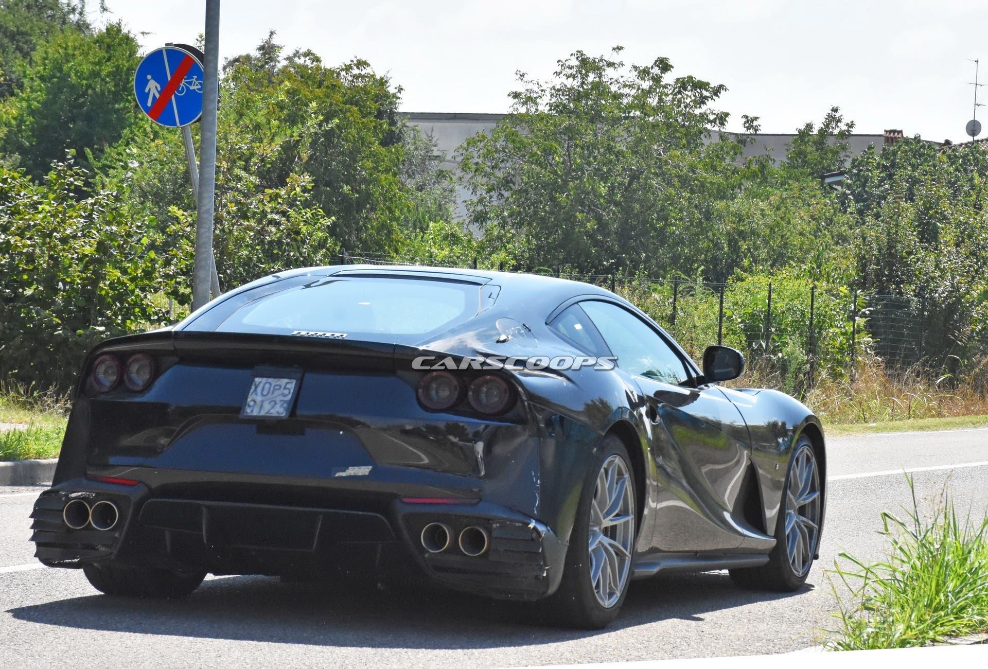 Ferrari 812 GTO foto spia