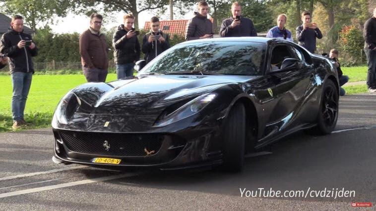 Ferrari 812 Superfast spettacolo
