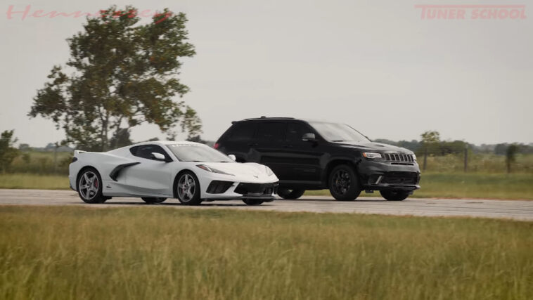 Jeep Grand Cherokee Trackhawk vs Chevrolet Corvette C8 drag race
