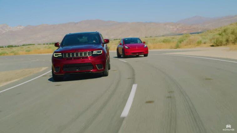 Jeep Grand Cherokee Trackhawk vs Tesla Model Y drag race