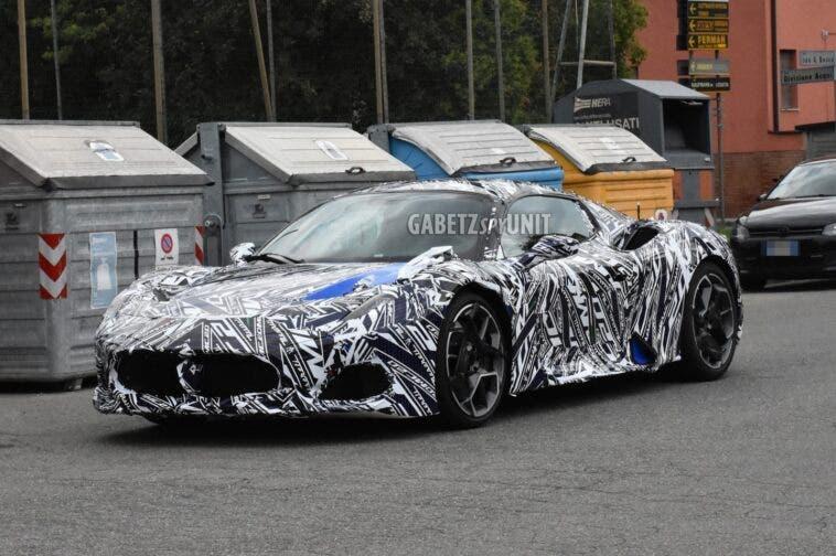 Maserati MC20 ultime foto spia
