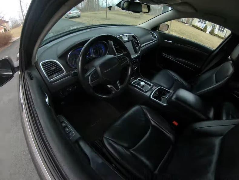 Chrysler 300 motore Hellcat