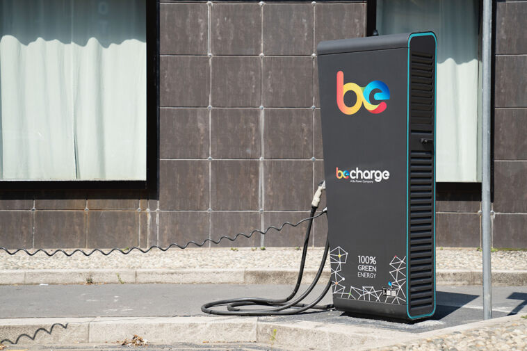 FOTO Be Charge 2