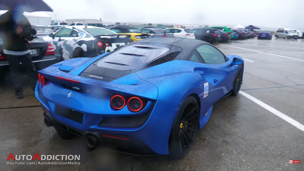 Ferrari F8 Tributo drag race