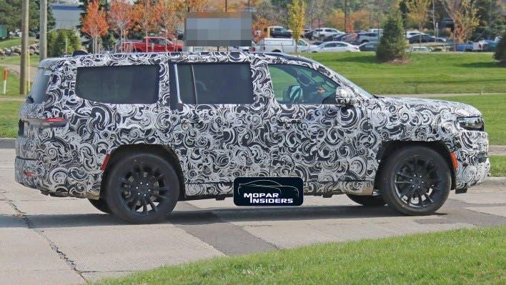 Jeep Wagoneer 2022 foto spia