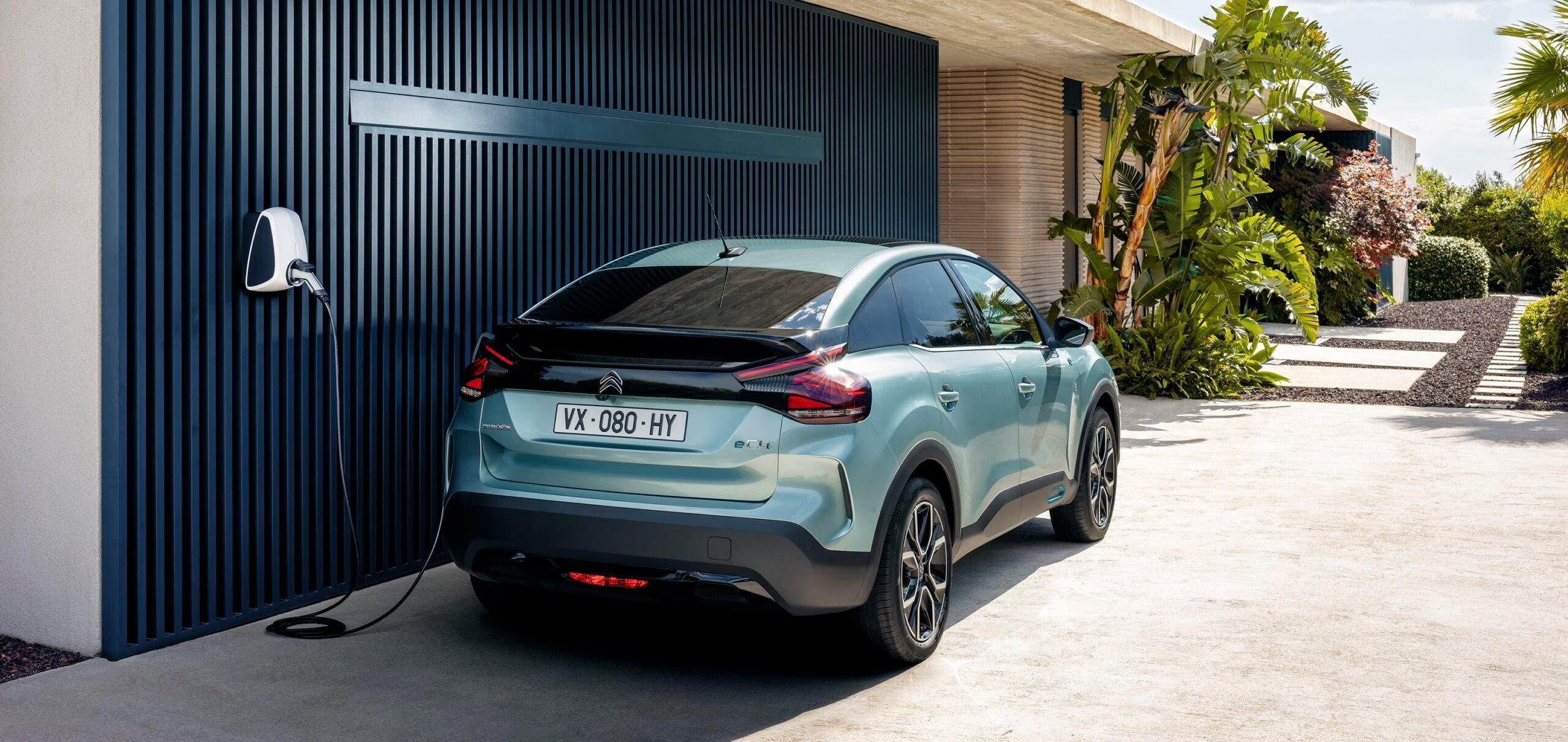 Nuova Citroën e-C4