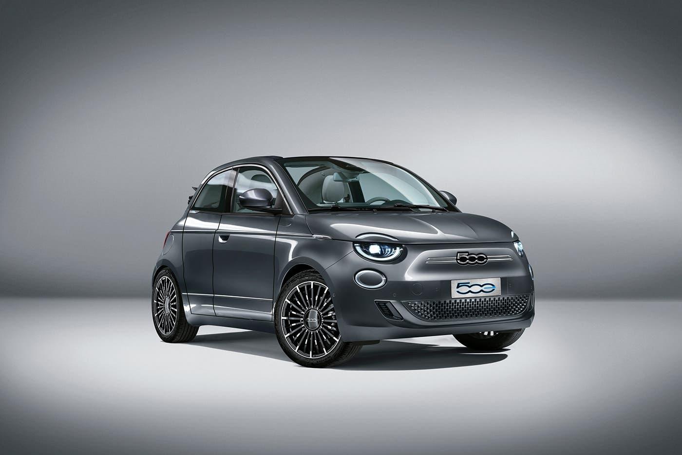 Nuova Fiat 500 Elettrica porta in più render
