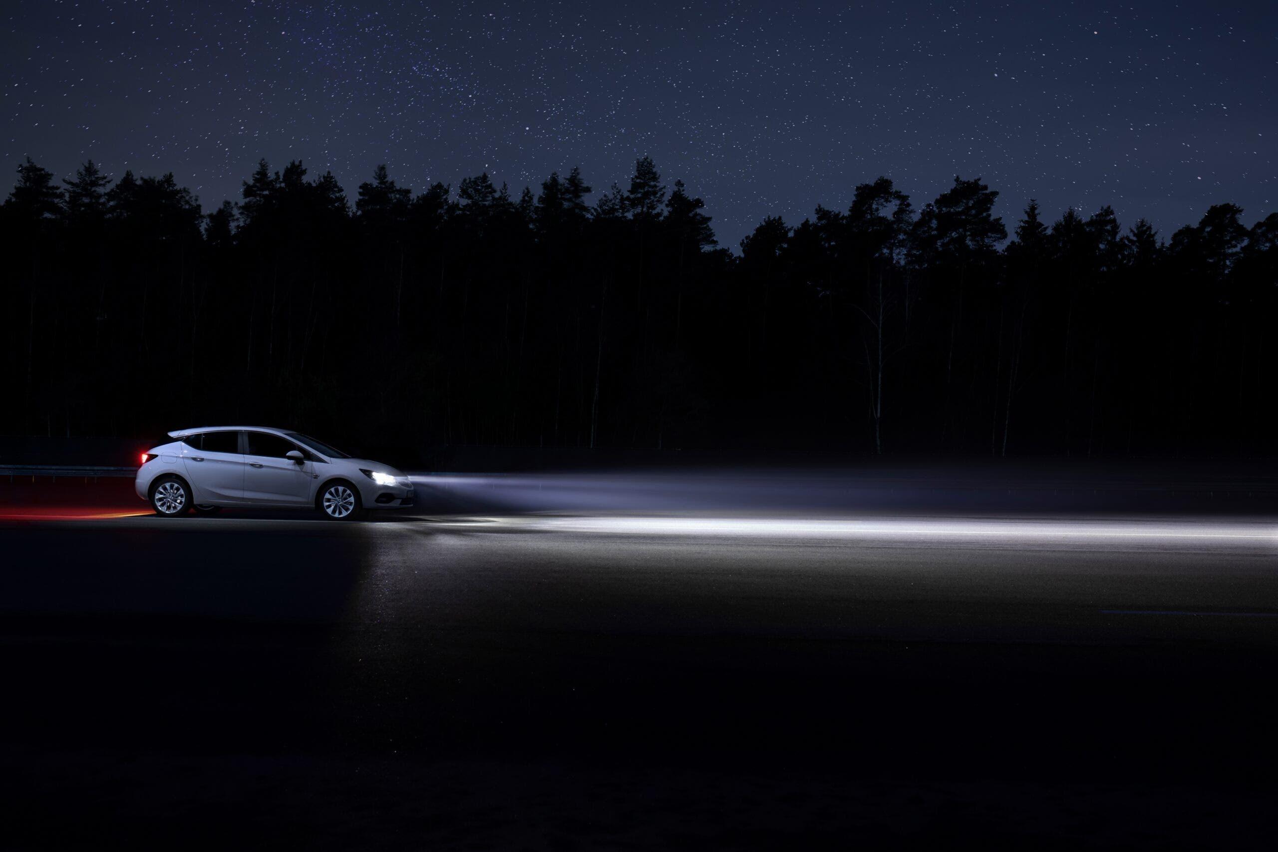 Opel fari IntelliLux a LED
