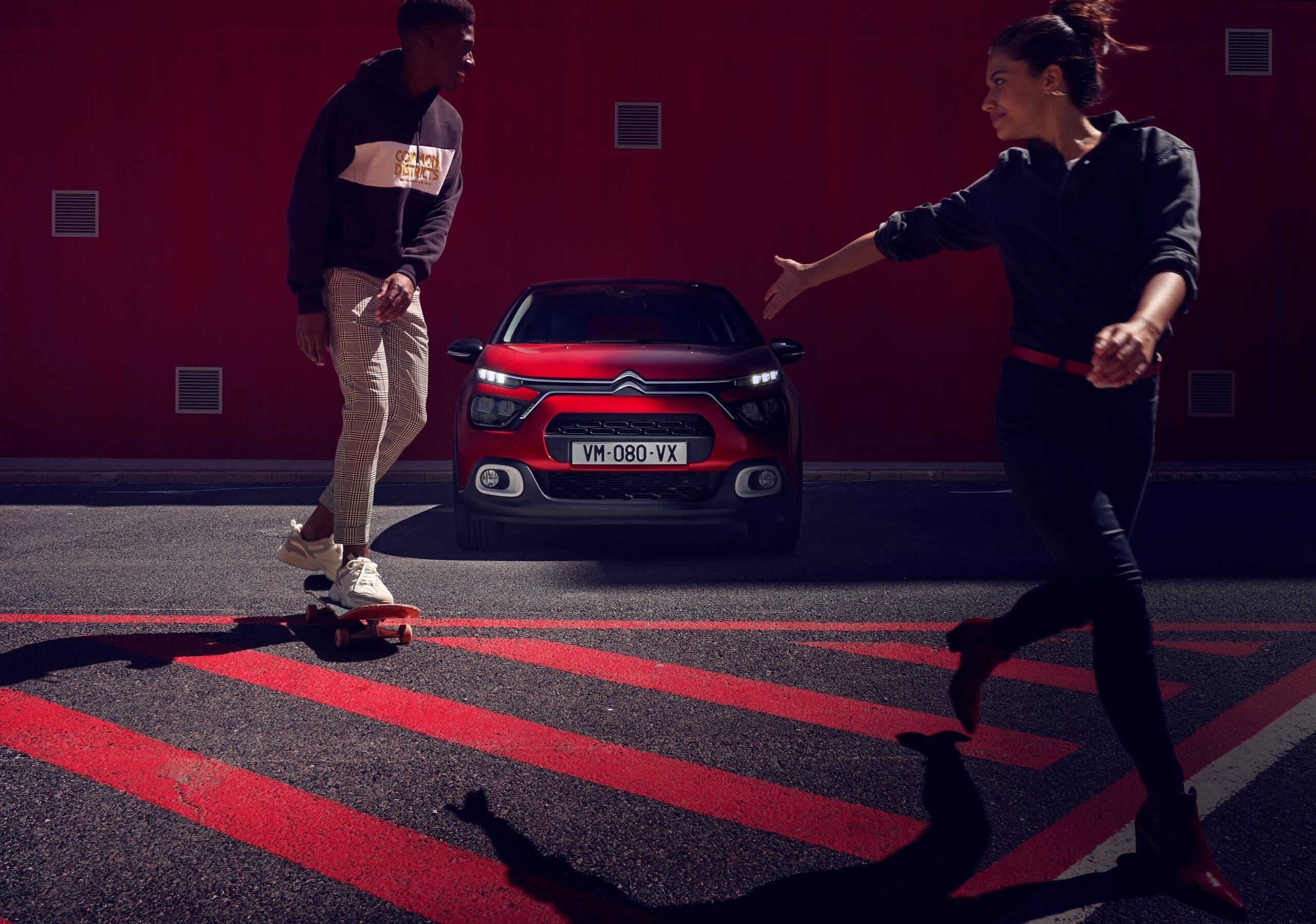 Citroën sicurezza veicoli proteggere pedoni