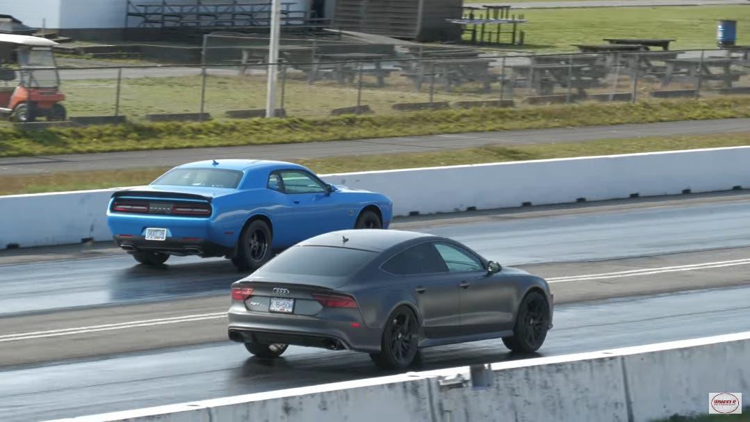 Dodge Challenger R/T Scat Pack 1320 vs Audi RS7 drag race