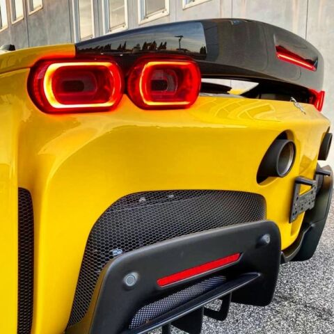 Ferrari SF90 Stradale primo esemplare al mondo