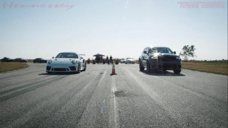 Jeep Grand Cherokee Trackhawk vs Porsche 911 GT3 RS drag race