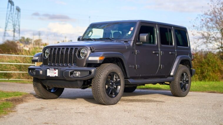 Jeep Wrangler Unlimited Sahara Altitude 2021