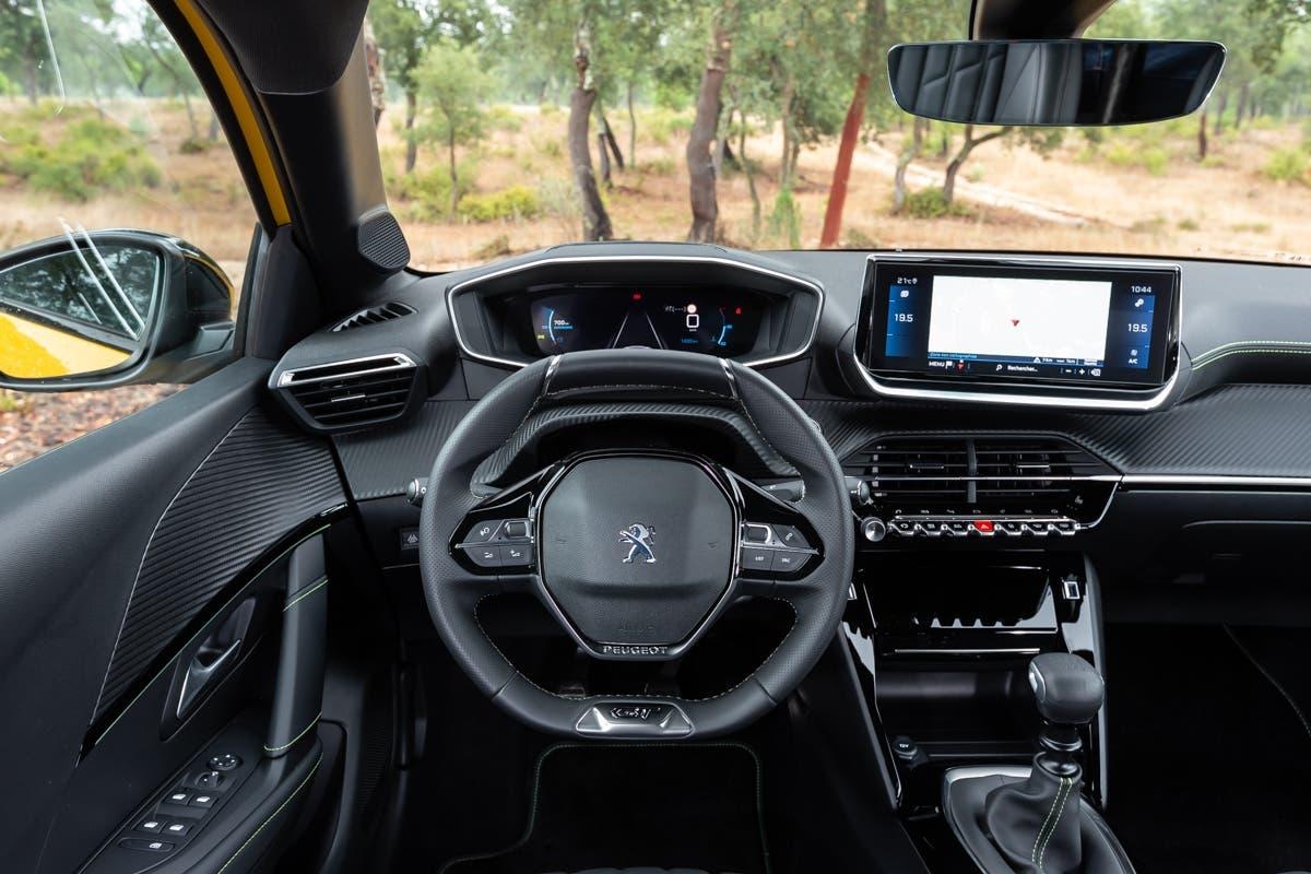 Nuova Peugeot 208 cambio gamma Italia