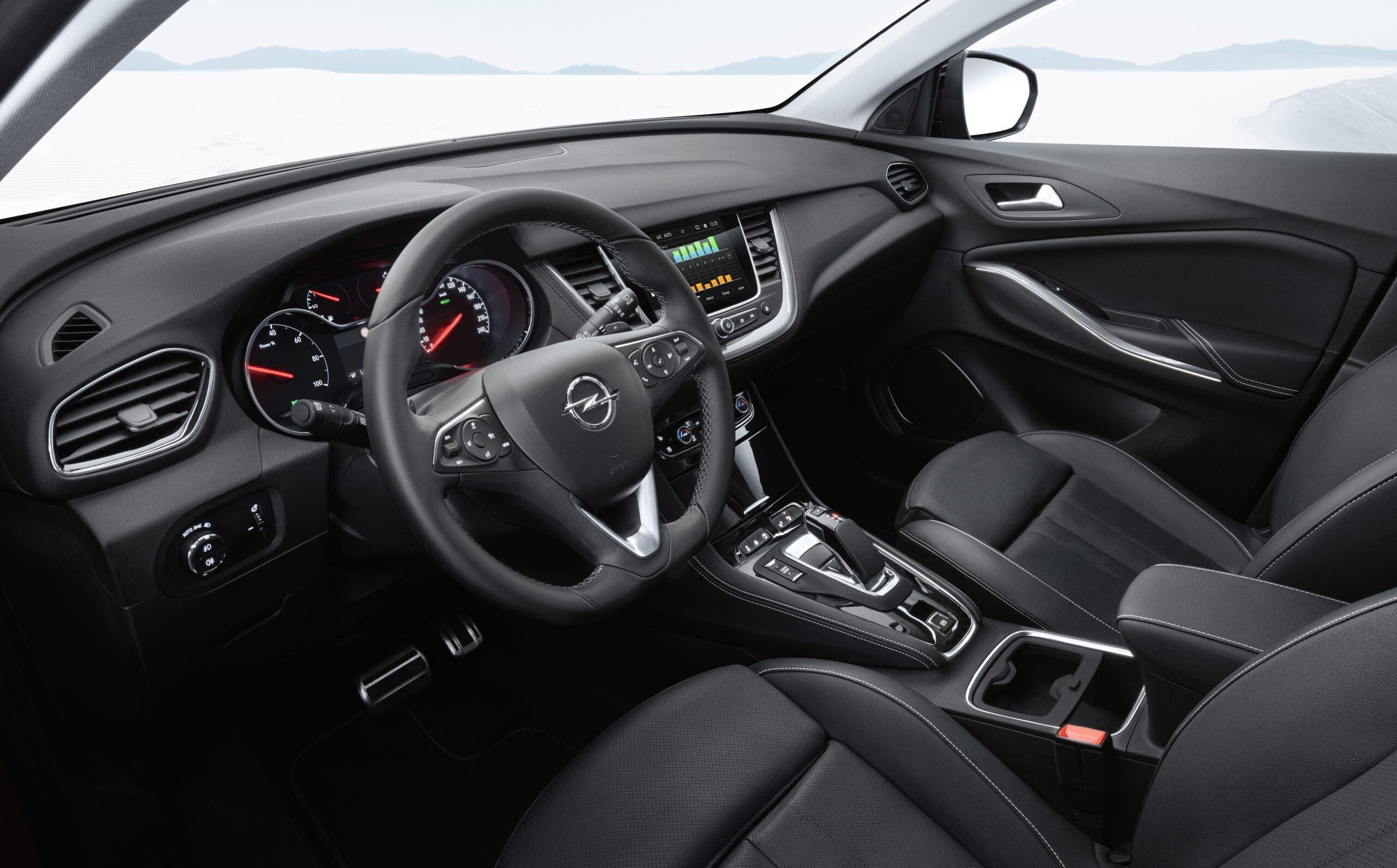 Opel Grandland X allestimenti