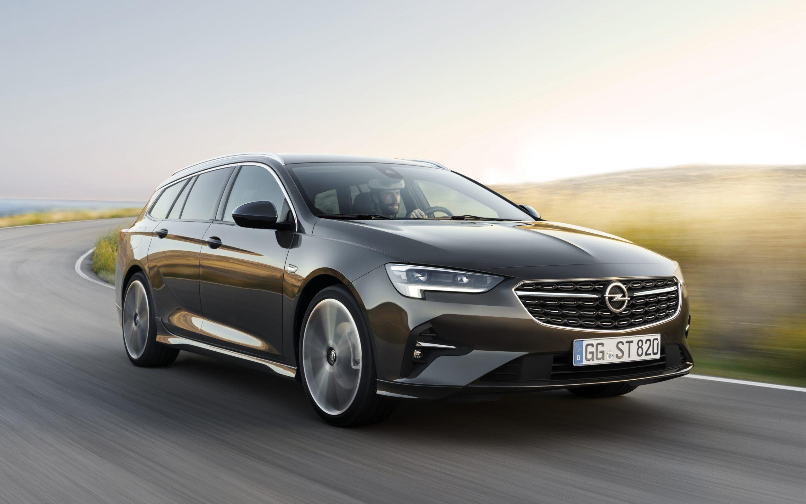 Opel Insignia Rapporto TÜV 2021