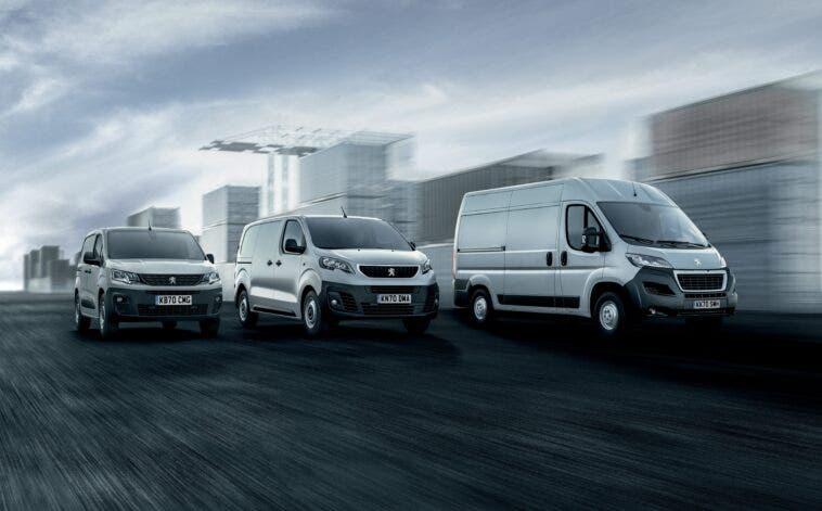 Peugeot Partner, Expert e Boxer What Car? Van Awards