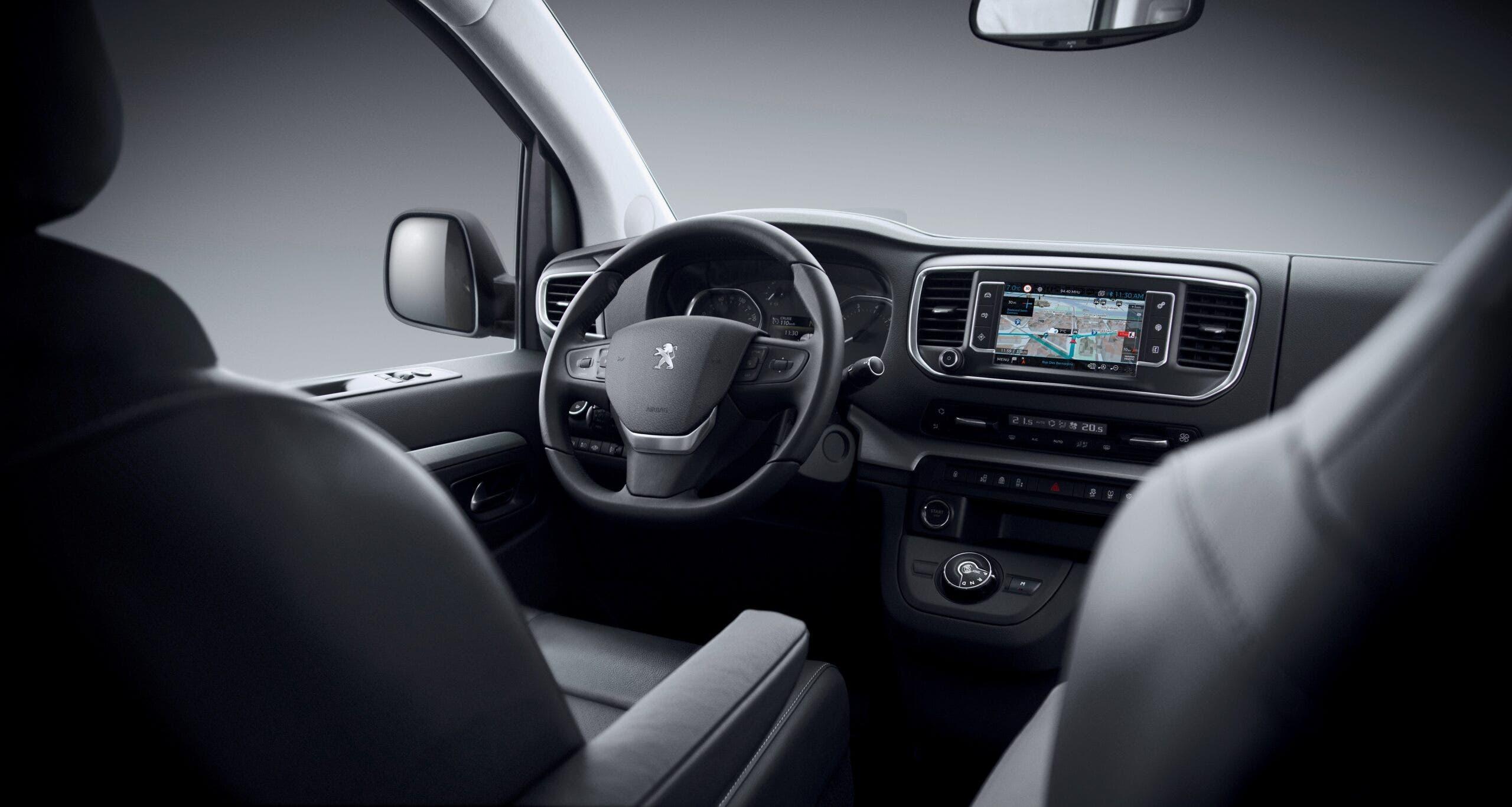 Peugeot Traveller BlueHDi 140