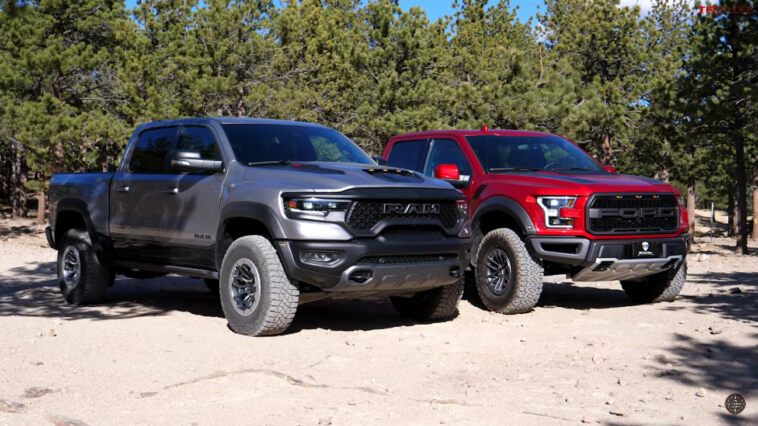 Ram 1500 TRX vs Ford F-150 Raptor sfida off-road