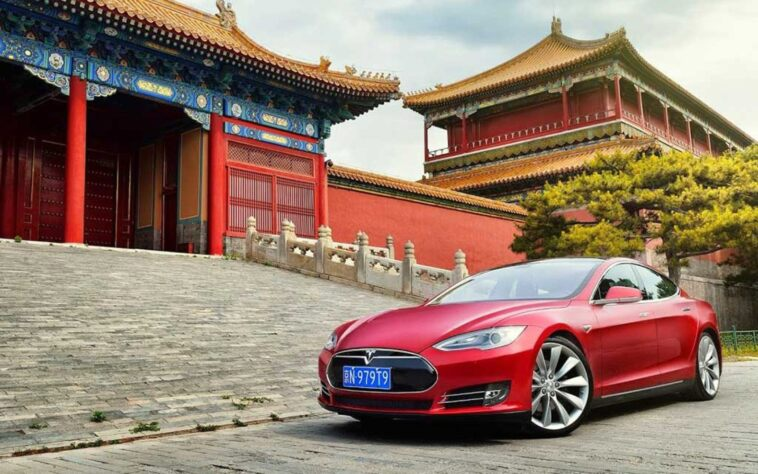 Tesla-prima-pietra-per-la-Gigafactory-in-Cina