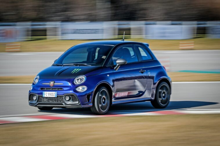 Abarth-595-Monster-Energy-Yamaha-14