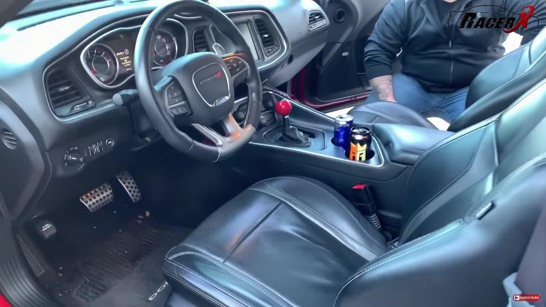 Dodge Challenger V6 vs Scat Pack 392