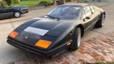 Ferrari 512 BB 1980 barn find