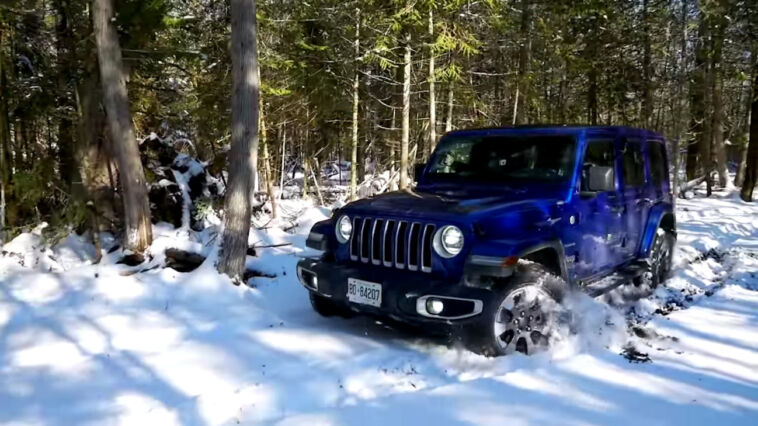 Jeep Wrangler vs Toyota 4Runner