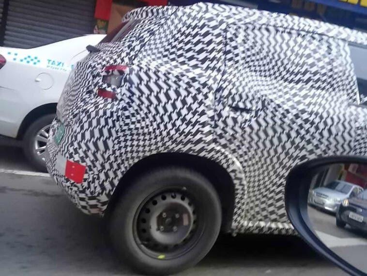 Nuova Citroën C3 foto spia Brasile