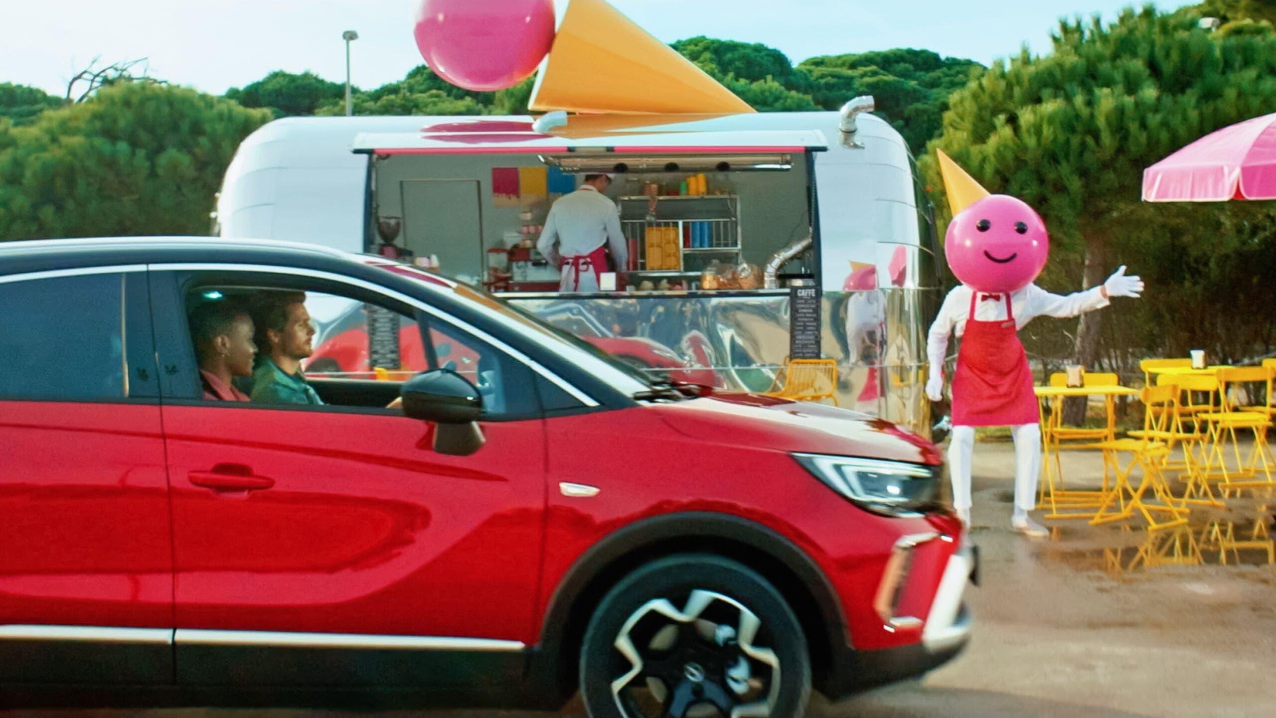 Nuovo Opel Crossland campagna