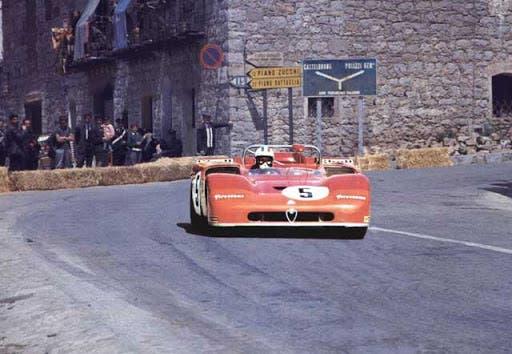 5 Alfa Romeo 33-3 Nino Vaccarella - Toine Hezemans (51)