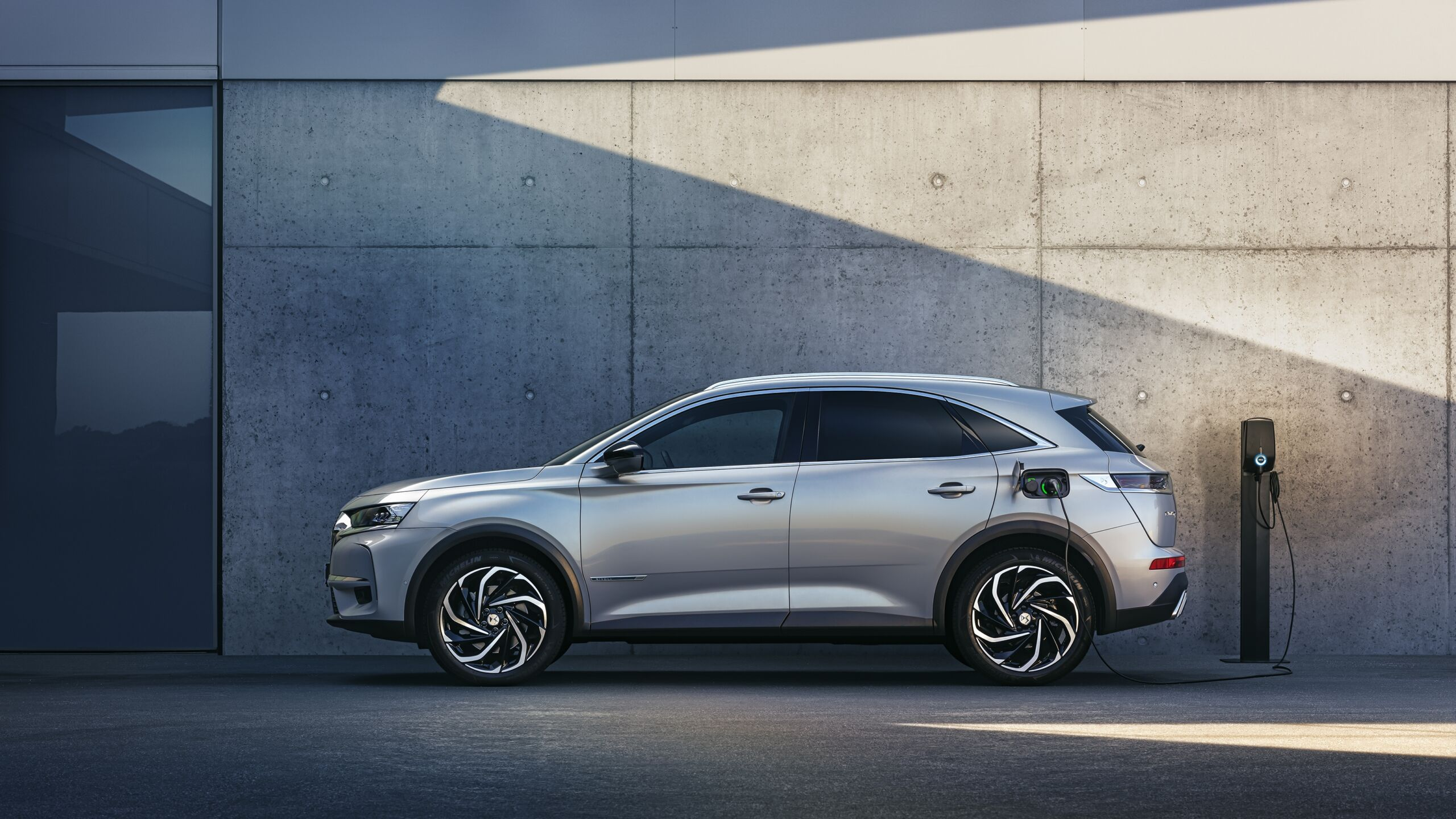DS 7 Crossback E-Tense flessibile
