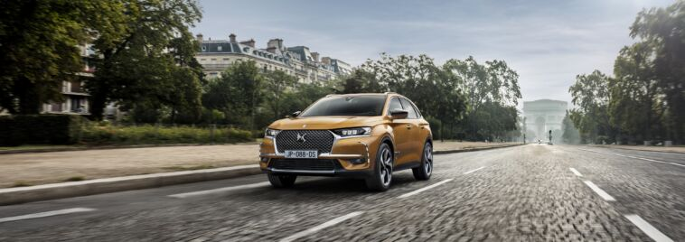 DS 7 Crossback ispirazione Performance Line Pelle