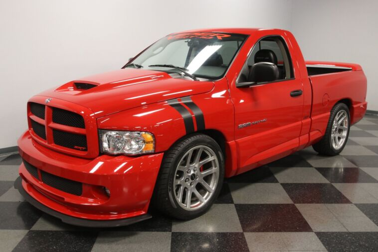Dodge Ram SRT-10 2004 in vendita