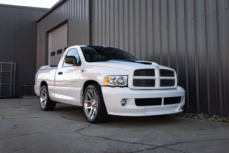 Dodge Ram SRT-10 Commemorative Edition asta online