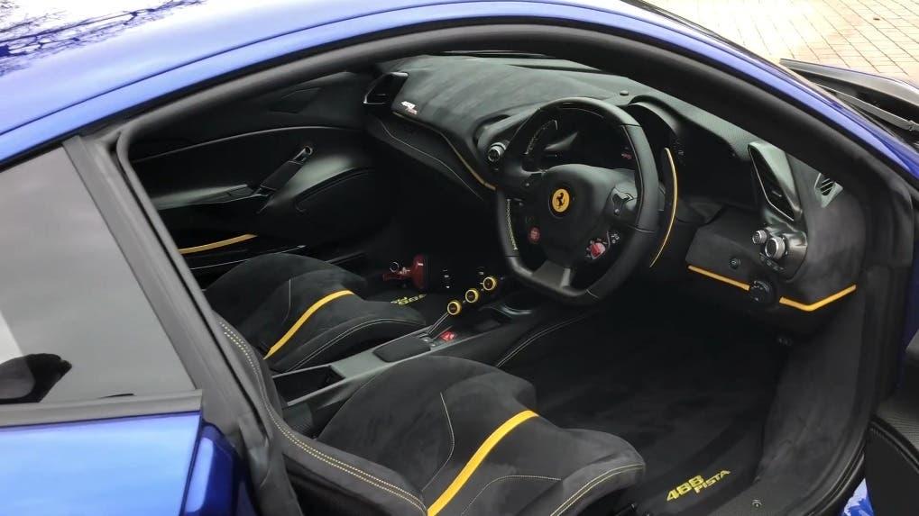 Ferrari 488 Pista Blu Elettrico